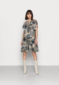 Mos Mosh - TIKKA SHADE DRESS - Day dress - vintage indigo - 0