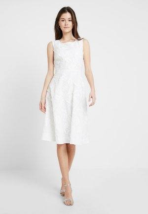 ENCHANTEMENT ROBE - Day dress - white
