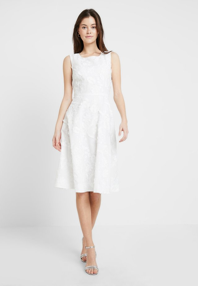 ENCHANTEMENT ROBE - Vestito estivo - white