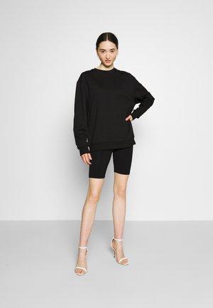 CYCLING SET - Sweatshirt - black