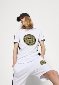 Glorious Gangsta - ALFARO - Shorts - optic white - 3