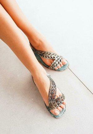 JAVA - Sandals - green