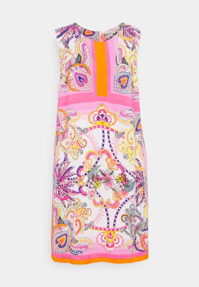 SEOUL DRESS - Hverdagskjoler - pink