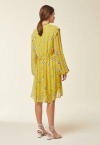 IVY & OAK - Day dress - yellow - 2