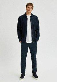 Selected Homme - Giacca leggera - navy blazer - 1