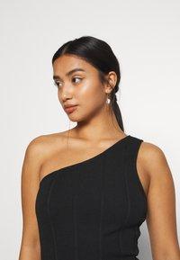 Miss Selfridge Petite - MINI ONE SHOULDER BANDAGE DRESS - Kjole - black - 3