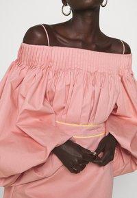 Roksanda - UYUNI DRESS - Denní šaty - blush - 5