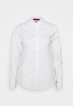 MESTRE - Overhemdblouse - optic white