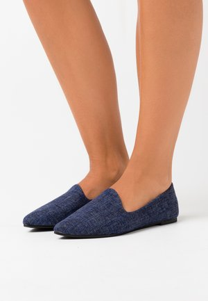ESSENTIAL TIANA  - Mocasines - navy