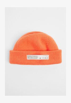 Čepice - orange