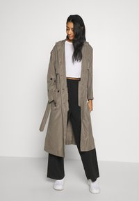 Superdry - CHINOOK FLYAWAY - Trench - bungee cord - 1