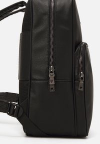 Guess - KING BACKPACK - Rucksack - black - 3