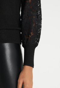 ONLY - ONLFLORA - Pullover - black - 3