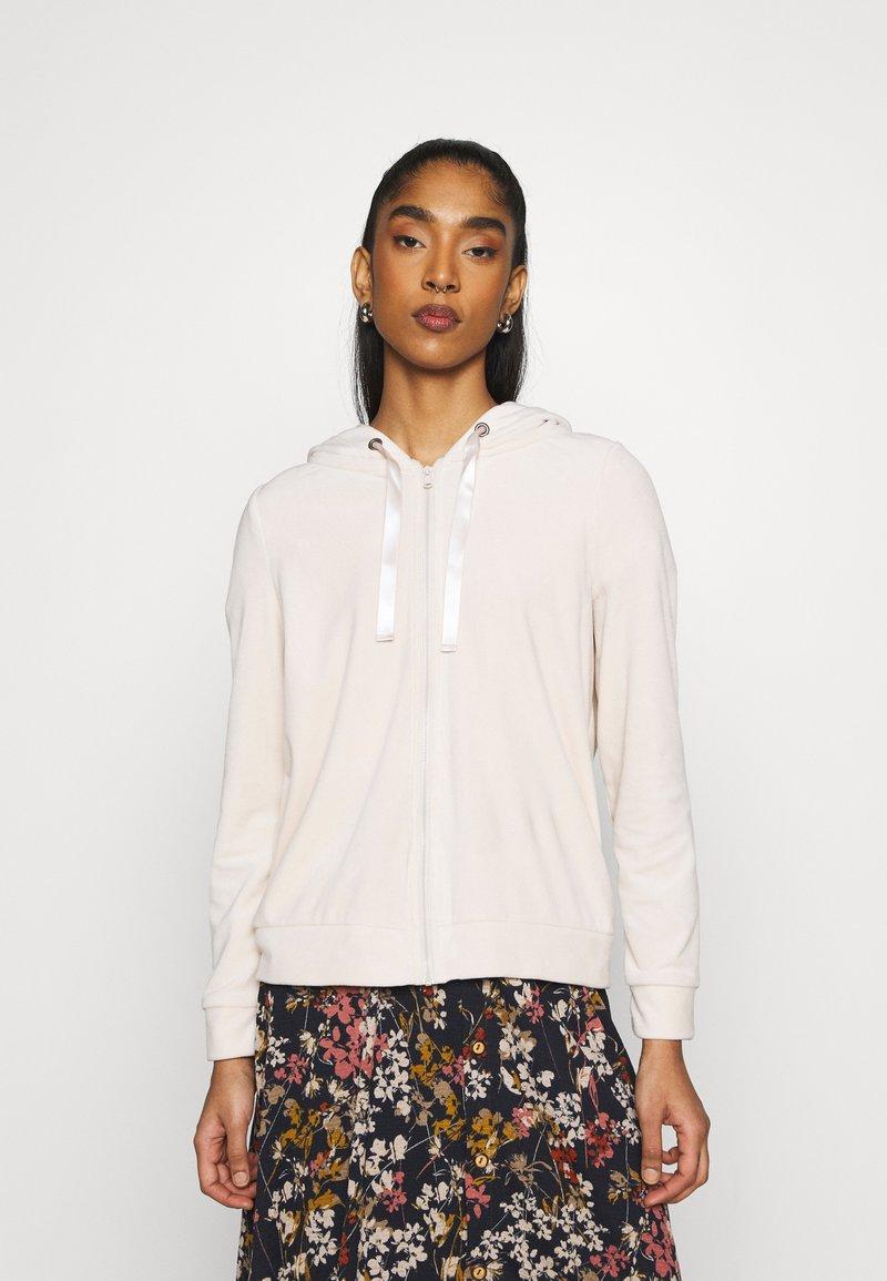 Vero Moda - VMATHENA - Zip-up hoodie - pumice stone