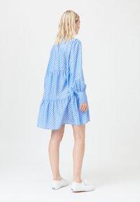 Dea Kudibal - KIRA NS (CO) - Day dress - dot blue - 2