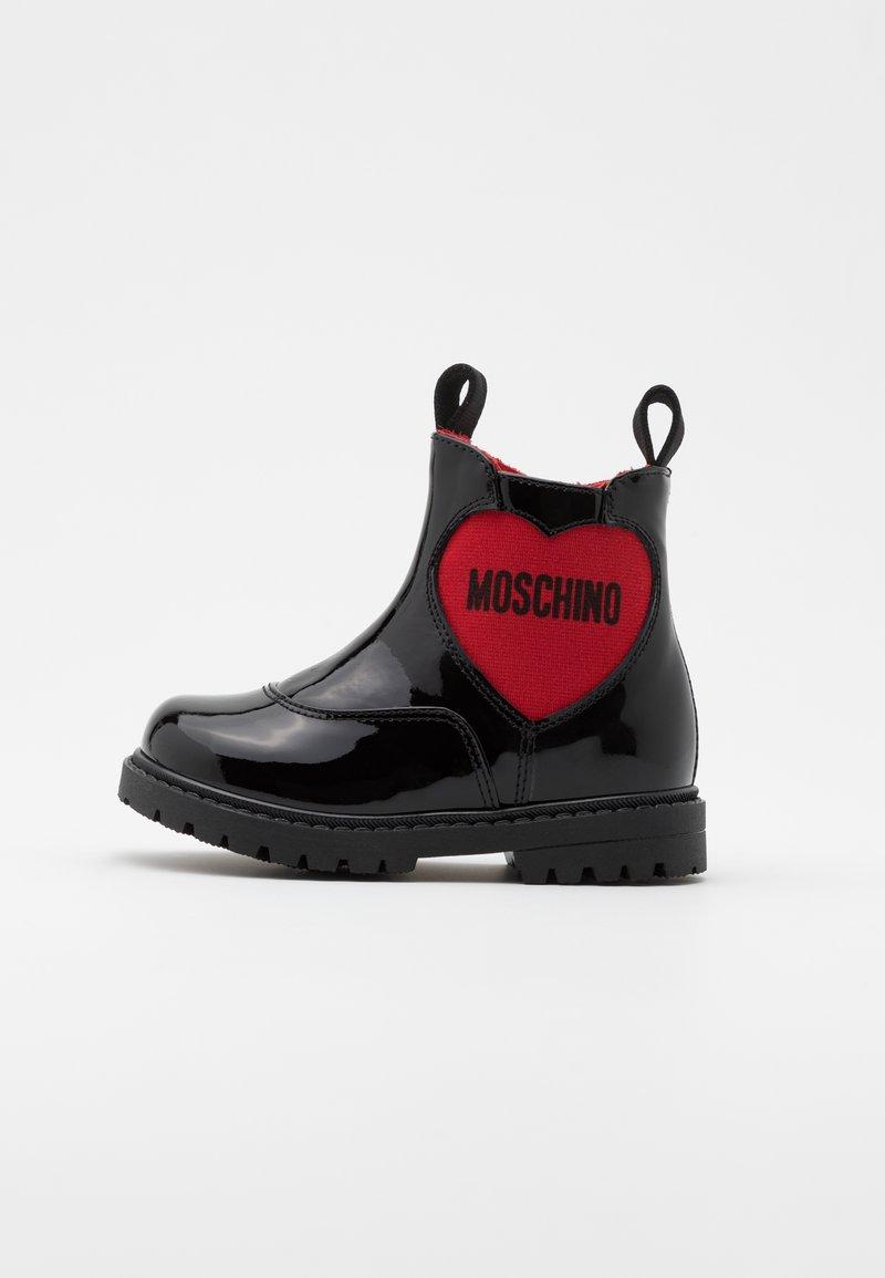 MOSCHINO - Kotníkové boty - black