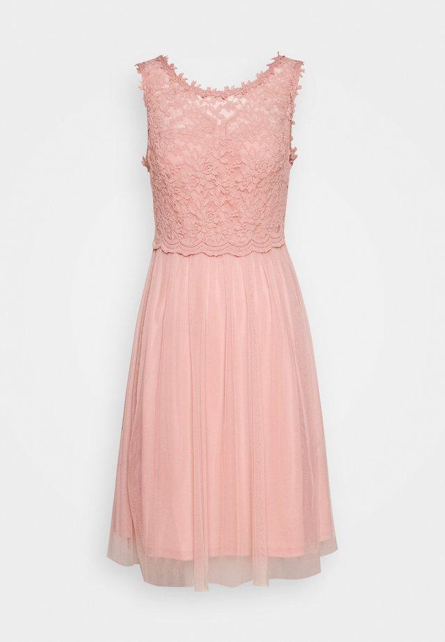 VILYNNEA DRESS - Iltapuku - light pink