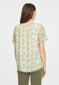 comma casual identity - Blouse - offwhite leaf - 2