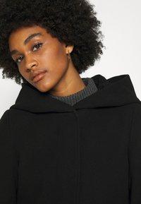 Vero Moda - VMDAFNEDORA - Zimní kabát - black - 3