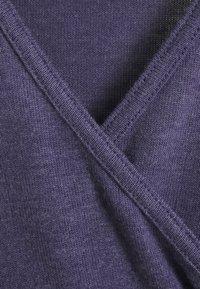 BDG Urban Outfitters - COZY BALLET WRAP - Strikkegenser - purple - 2