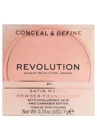 Make up Revolution - CONCEAL & DEFINE POWDER FOUNDATION - Foundation - p1 - 4