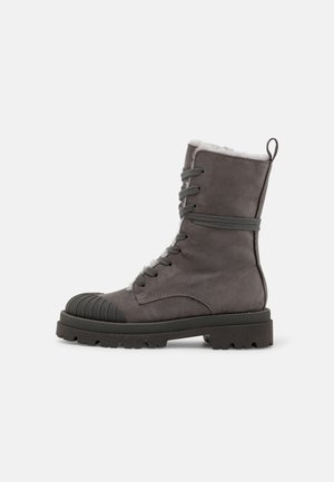 STUDIO - Winter boots - carbon