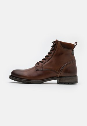 LACE UP BOOT - Veterboots - cognac
