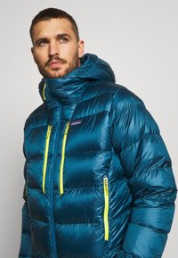 Patagonia - FITZ ROY HOODY - Down jacket - crater blue - 3