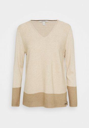 CORE VNECK - Stickad tröja - sand