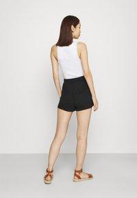 Vila - VINOEL - Shorts - black - 2