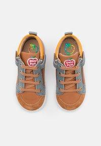 Shoo Pom - BOUBA BI ZIP - Baby shoes - light camel/jeans/jaune - 3
