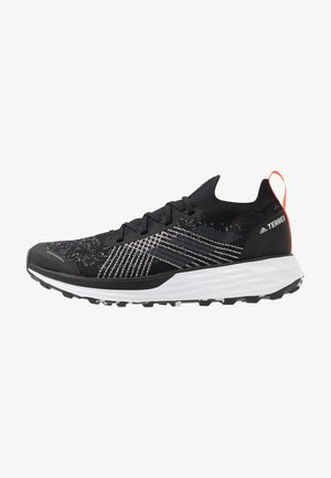 TERREX TWO PARLEY - Scarpe da trail running - core black/grey three/true orange