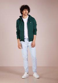 Polo Ralph Lauren - DOUBLE TECH - Huvtröja med dragkedja - college green - 1
