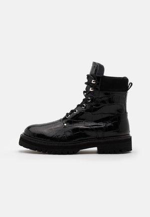 YASALMIRA BOOTS - Snørestøvletter - black