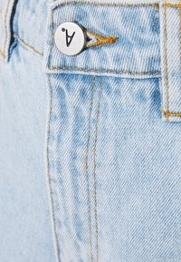 Abrand Jeans - HIGH RELAXED - Short en jean - salty stone - 5