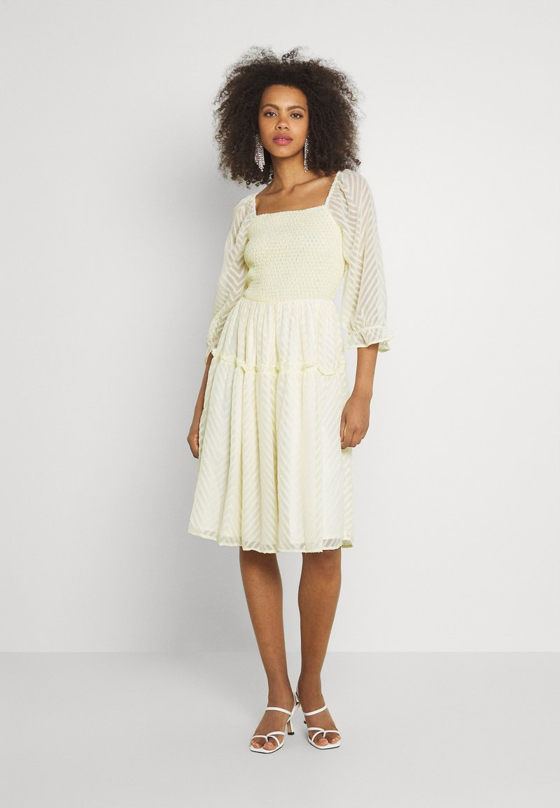 YAS - YASDEANNA 3/4 DRESS - Cocktail dress / Party dress - yellow