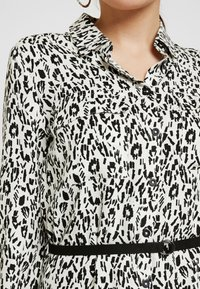 Esprit Petite - DRESS - Košilové šaty - ice - 3