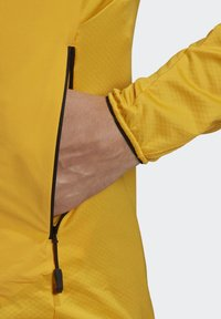 adidas Performance - TERREX SKYCLIMB FLEECE JACKET - Fleece jacket - yellow - 7