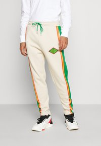 Jordan - PANT - Tracksuit bottoms - oatmeal/lucky green/track red - 0