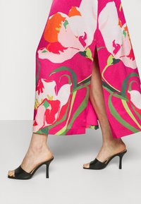 Ted Baker - MEAAA - Korte jurk - pink - 3