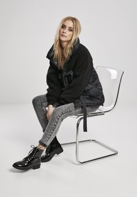 Urban Classics - Winter jacket - black - 1
