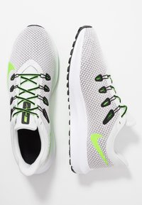 Nike Performance - QUEST 2 - Neutral running shoes - platinum tint/electric green/black/white - 1
