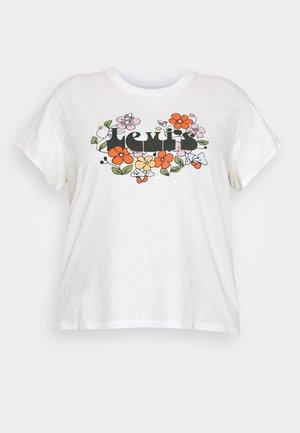 VARSITY TEE - T-shirts - cloud dancer
