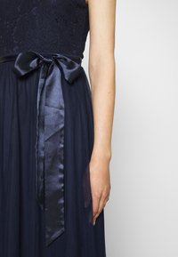 Nly by Nelly - ADORABLE GOWN - Robe de cocktail - navy - 5