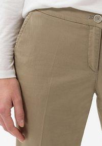 BRAX - STYLE MARON - Pantalon classique - khak - 3