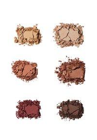 ILIA Beauty - THE NECESSARY EYESHADOW PALETTE - Eyeshadow palette - warm nude - 1