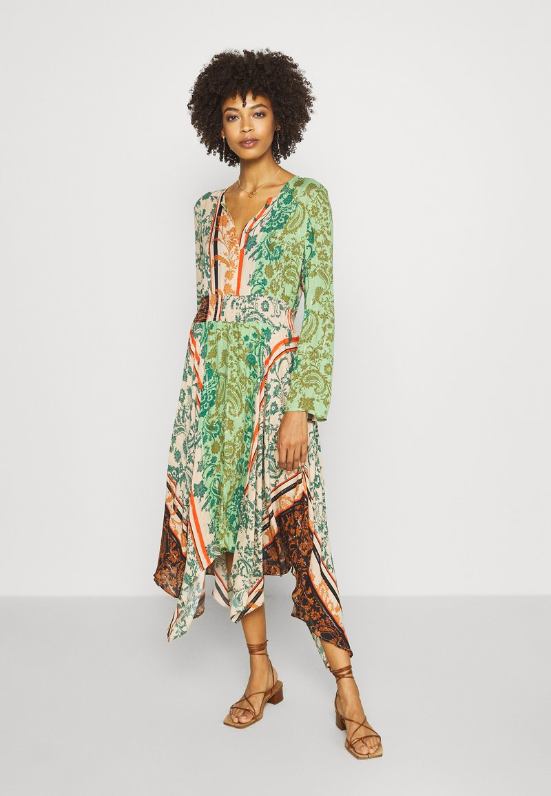 Desigual - WOMAN DRESS - Maxi-jurk - viejo cactus