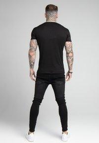 SIKSILK - FINE GYM TEE - T-shirt - bas - black - 2