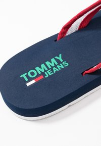 Tommy Jeans - RECYCLED BEACH SANDAL - Flip Flops - twilight navy - 2