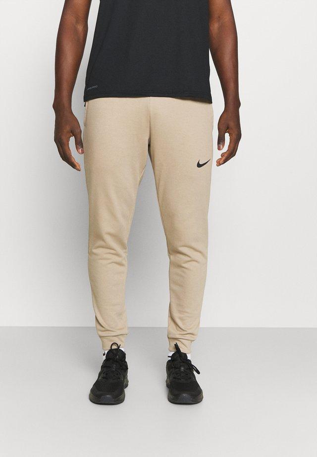 PANT TAPER - Teplákové kalhoty - khaki/black